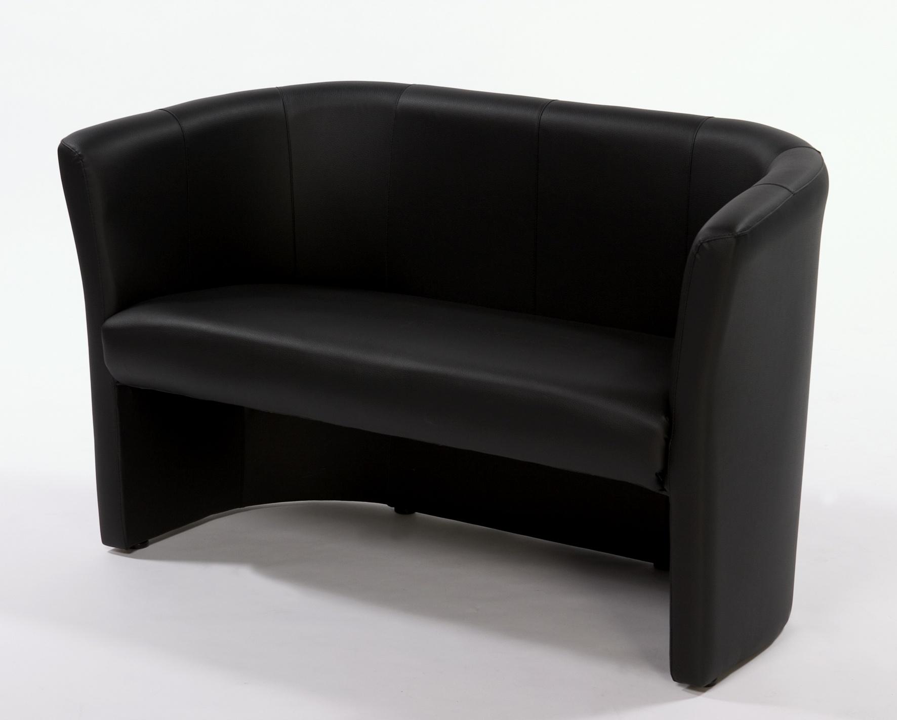 Aurel 2 sits
